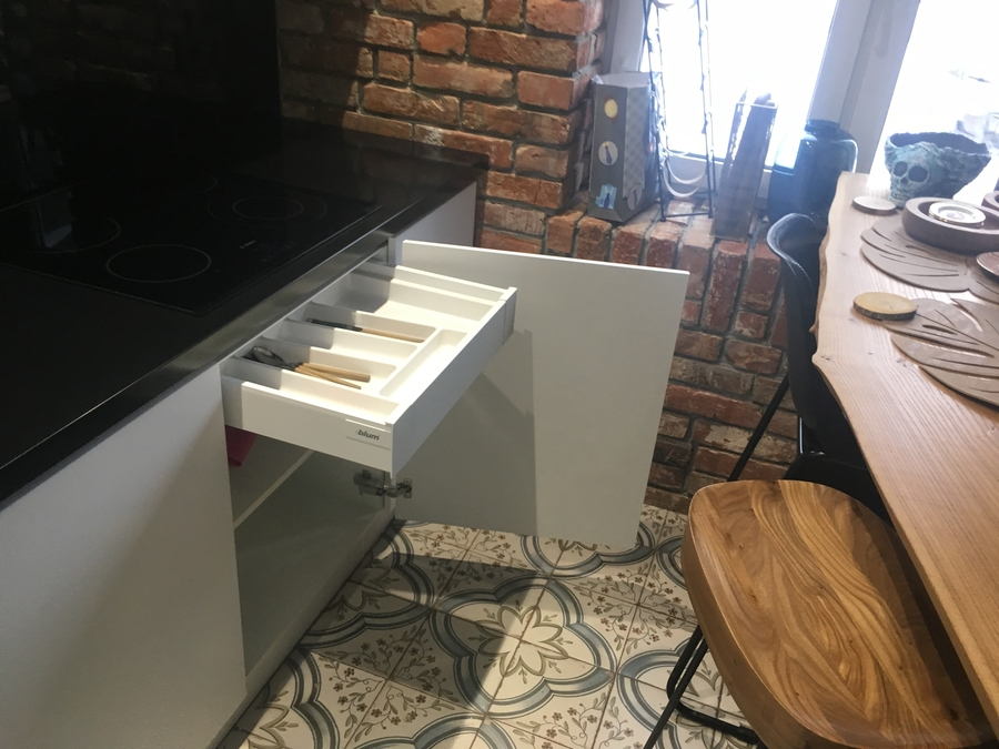 Белый кухонный гарнитур-Кухня МДФ в ПВХ «Модель 66»-фото7