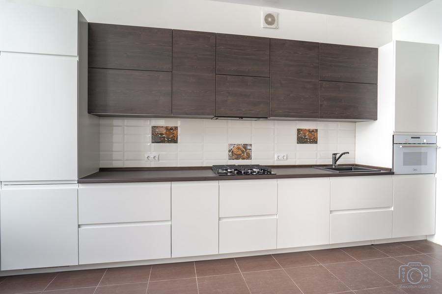 Белый кухонный гарнитур-Кухня МДФ в эмали «Модель 6»-фото1