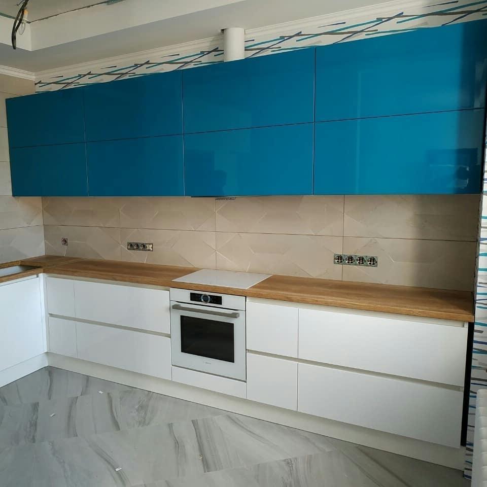 Белый кухонный гарнитур-Кухня МДФ в эмали «Модель 625»-фото2